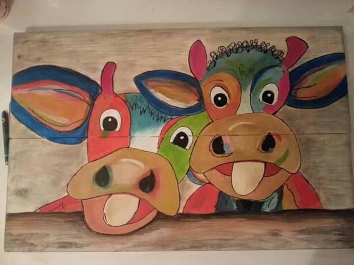 Gekleurde koeien en dikke dames schilderen op steigerhout for Dikke dames schilderen