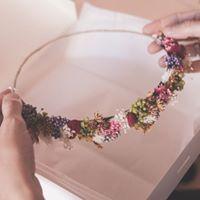 Curso coronas de flores preservadas