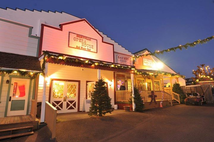 mcminnville or christmas in dairyville at alpenrose dairy portland