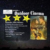 Stirling Golf Outdoor Cinema