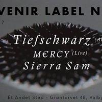 Et Andet Sted Souvenir Label Night