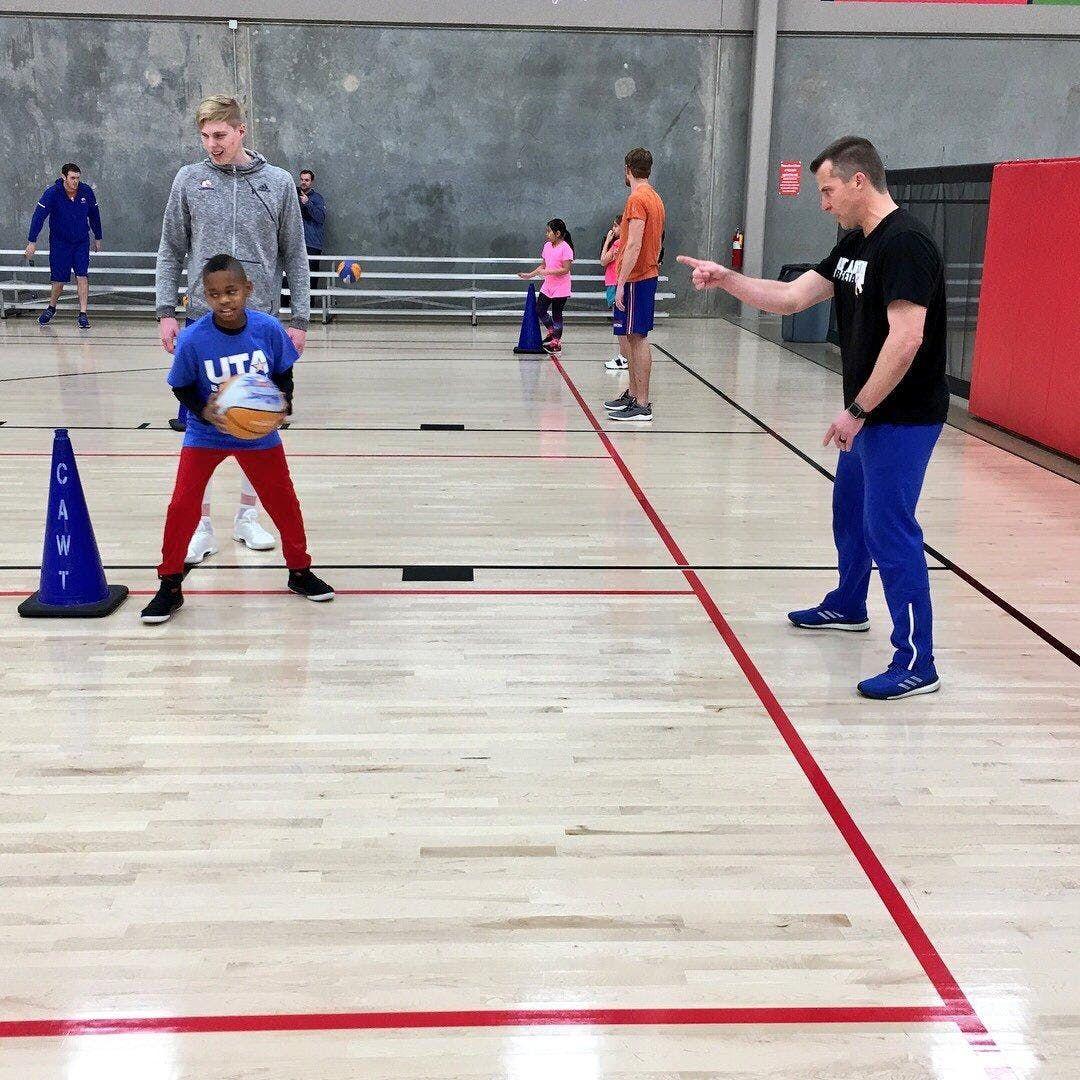 Basketball Clinic with UT-Arlington
