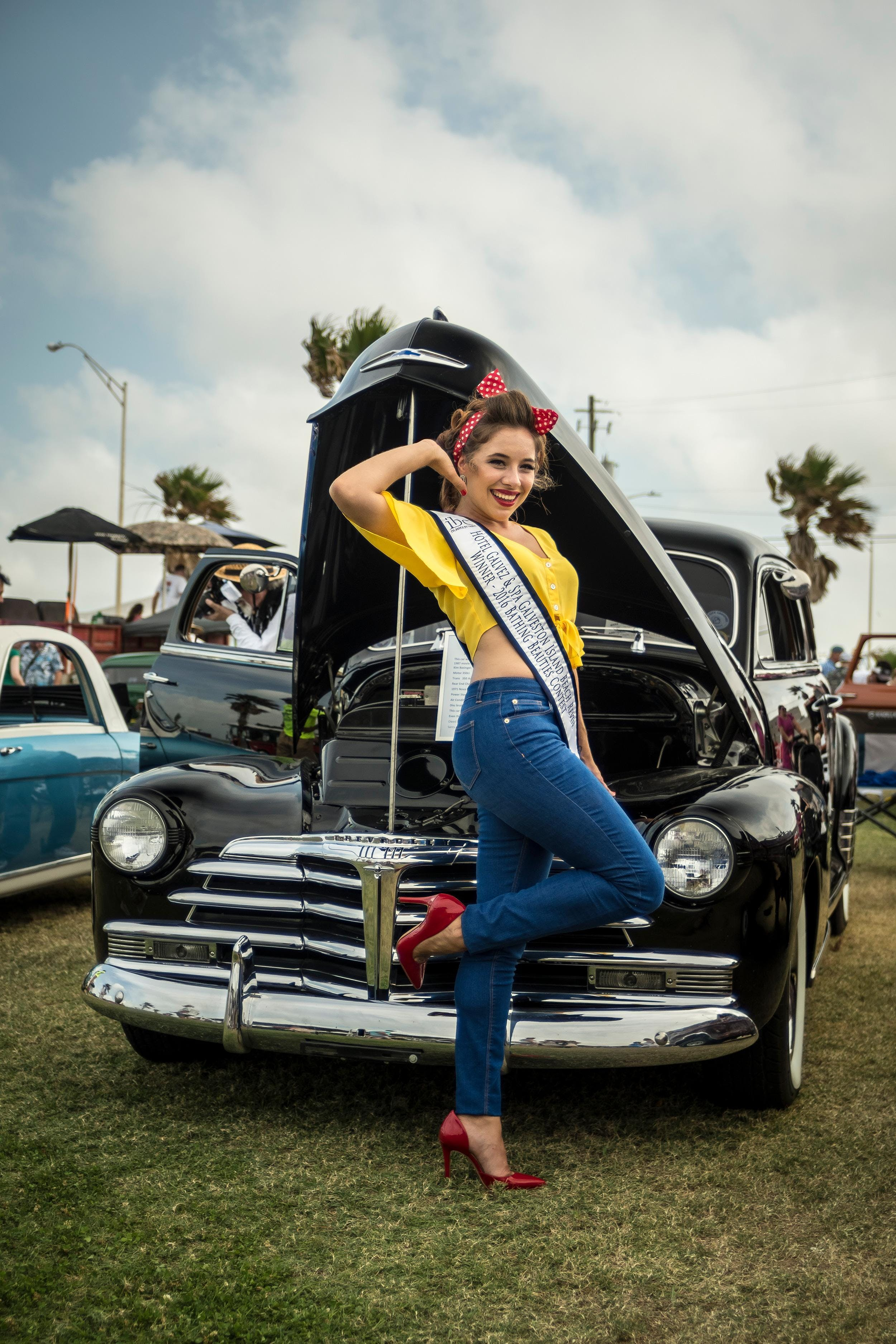 Classic Auto Group Hot Rod & Classic Car Show Registration at Beach