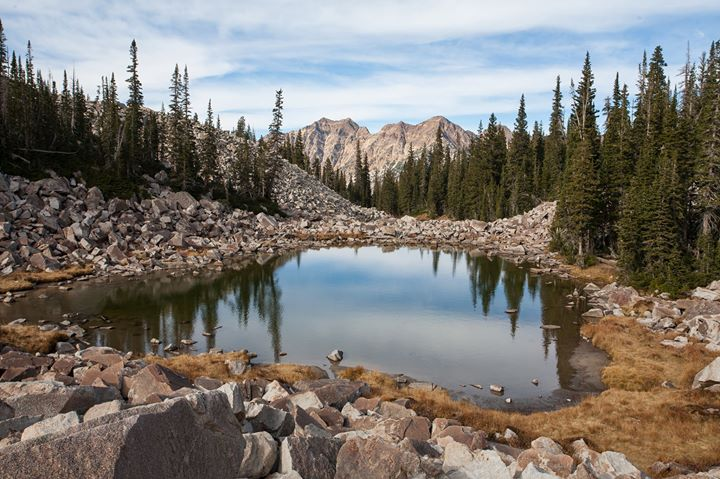 Hike to Maybird Lakes