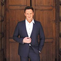 Russell Watson &amp his orchestra