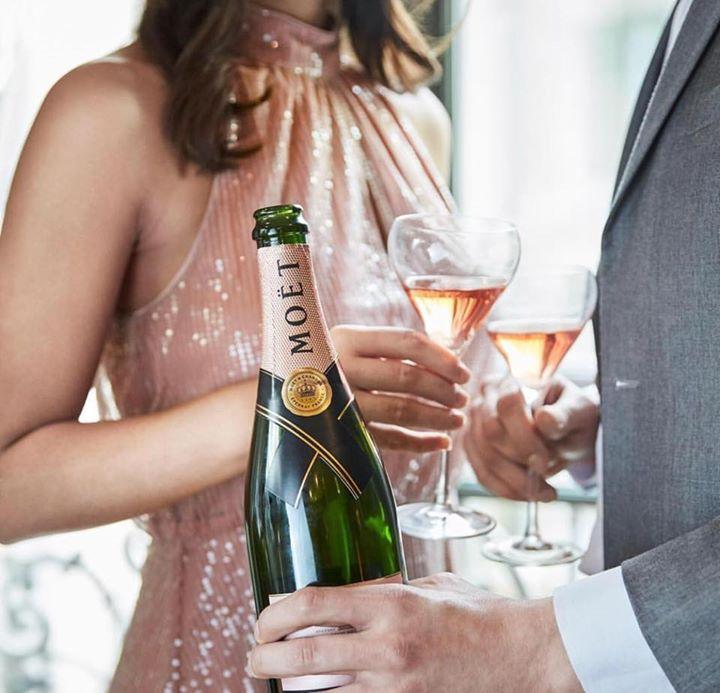 The Holdy Mot Chandon Champagne Bar Launch & AW18 Designer Showcase