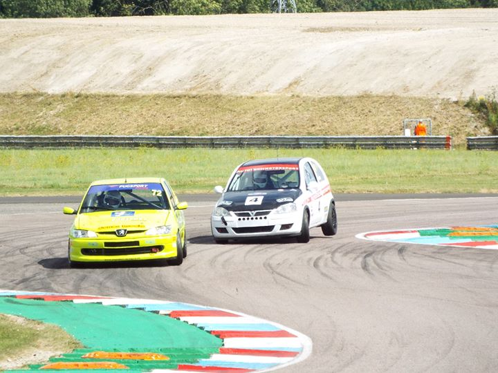 CSCC Race at Thruxton