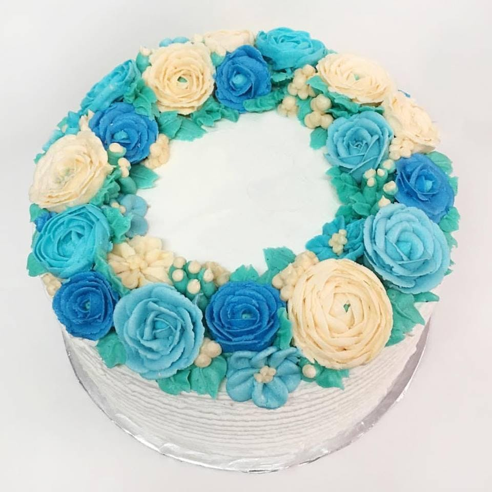 Cake Decorating: Summer Floral Wreath Cake at Frans Cake and Candy ...