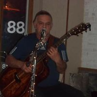 Live Music and Showcase Featuring Tim Wright