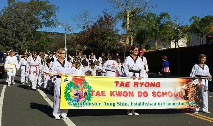 Camarillo Christmas Parade.Camarillo Christmas Parade With Tae Ryong At Camarillo Ca
