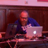 Workshop - Mixen DJing und Mashups mit Notebook Tablet &amp Phone