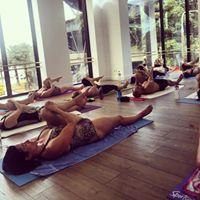 Hot Yoga Class evolve Yoga Gosford