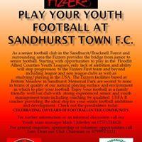 Play youth football Season 17-18.