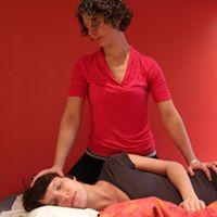 Formation sur le massage de la femme enceinte et durant le travail