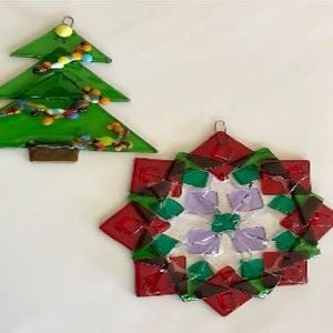 fused glass holiday ornaments class by leslie slaughter - Fused Glass Christmas Ornaments