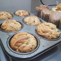 Bake Healthy Fruity Muffins