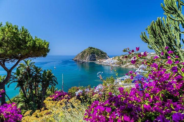 Soggiorno ad Ischia dal 29/09 al 06/10 at Mincio Viaggi Guastalla ...
