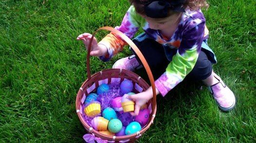 Easter Crafts and Egg Hunt