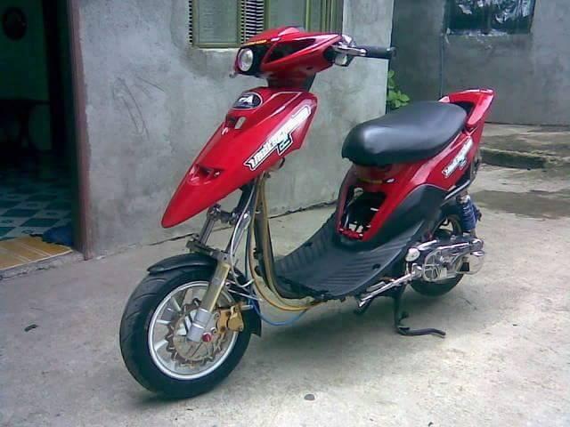 moto scooter cross
