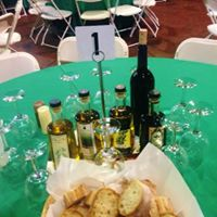 UNICO Olive Oil Class Bottling Event and Dinner 42917