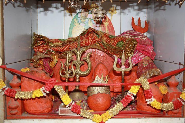 Dudhaiya Yuvak Mandal Presents Maha Arti & Rash Garba