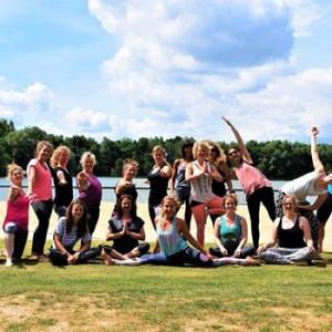 Yoga &amp yummy picnic