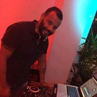Soulful DJ Leon Williams