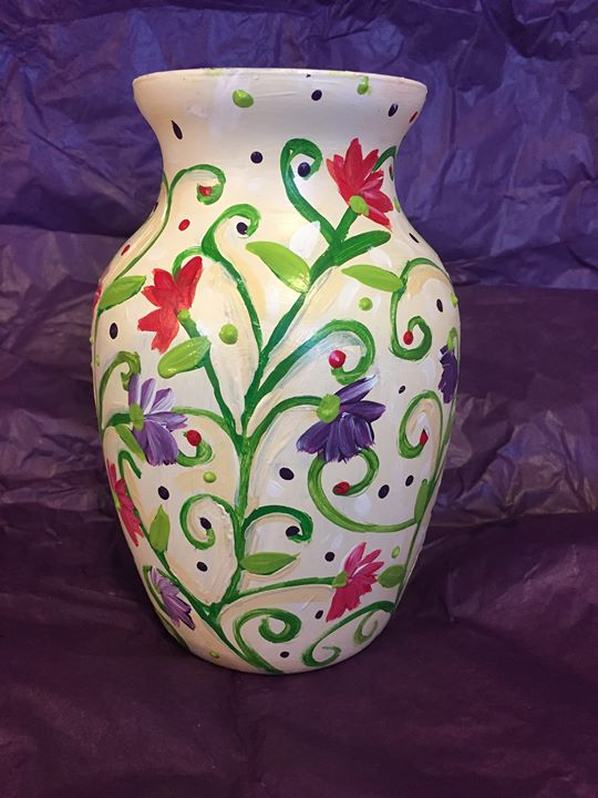 Enjoy A Four Course Dinner And Paint A Vase In Howell At Giana