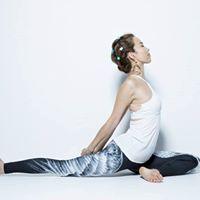 Beauty Yoga Session by Etsuko Wakui