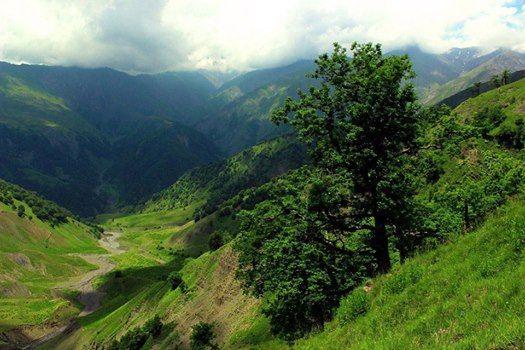 Durja waterfall hiking trip in Gabala