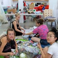 P ART Y Youth Art Drop-In Night