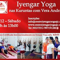 Aulo de Iyengar Yoga nas Kuruntas