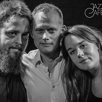 Mathias Landaeus trio Jazzcaf med Blue Bird