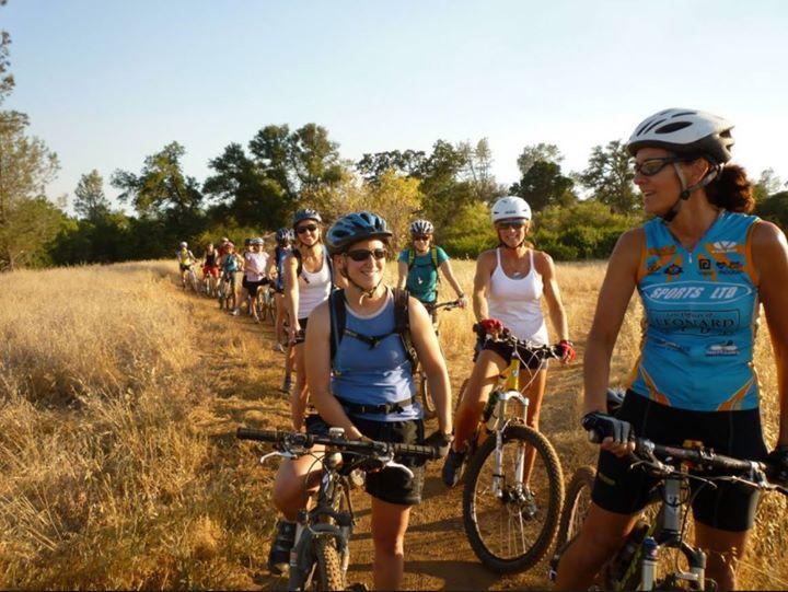 Womens Sedona Mountain Bike Skills  Fundamental Clinic