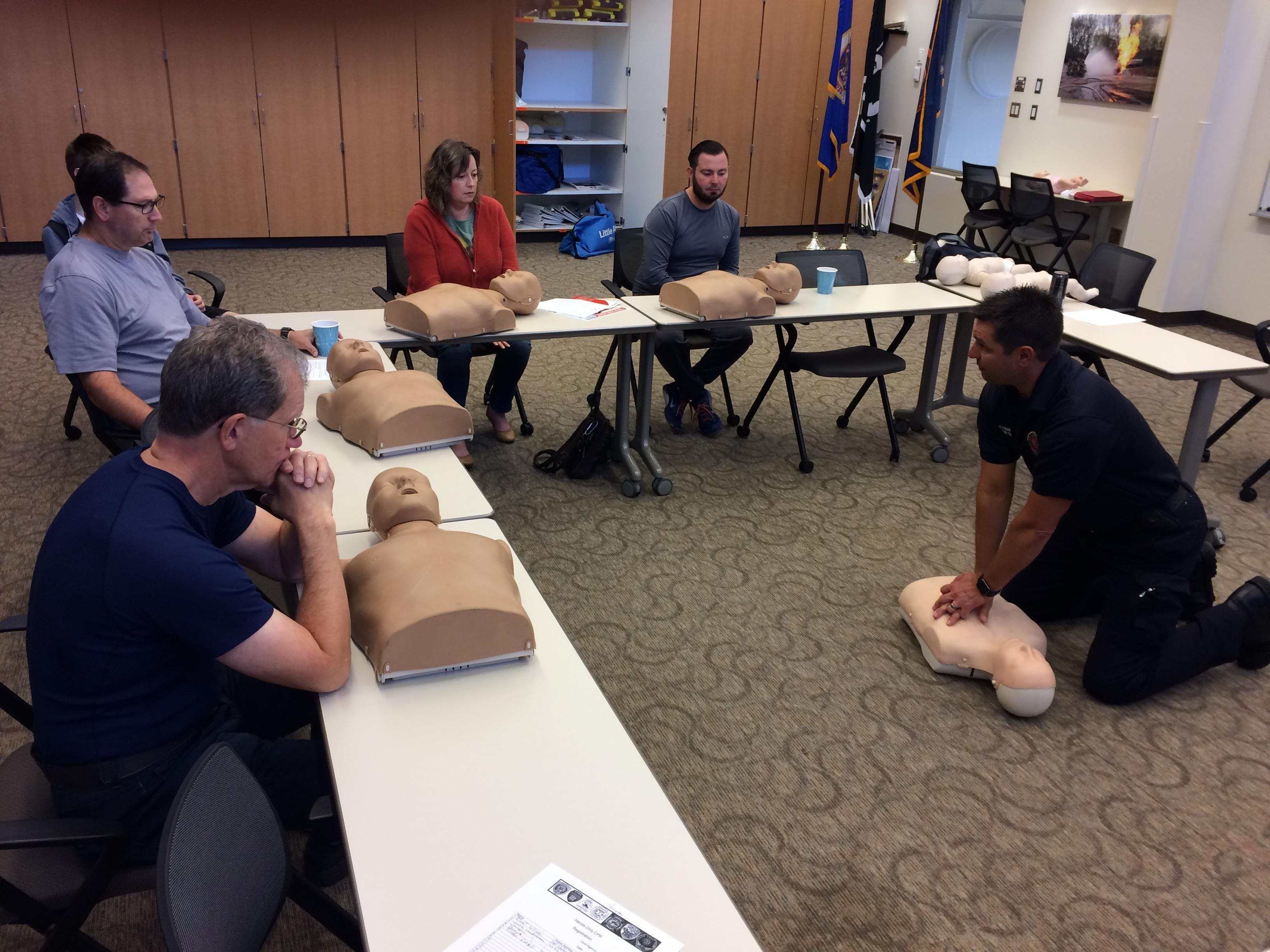 Hands Only Cpr Training At St Louis Park Fire Department St Louis