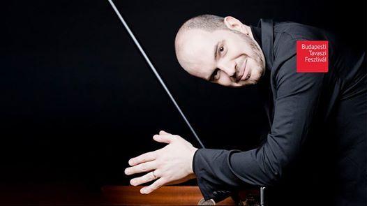 Kirill Gerstein s a Nemzeti Filharmonikus Zenekar