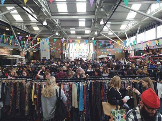 Worth The Weight Vintage Kilo Sale - Brighton