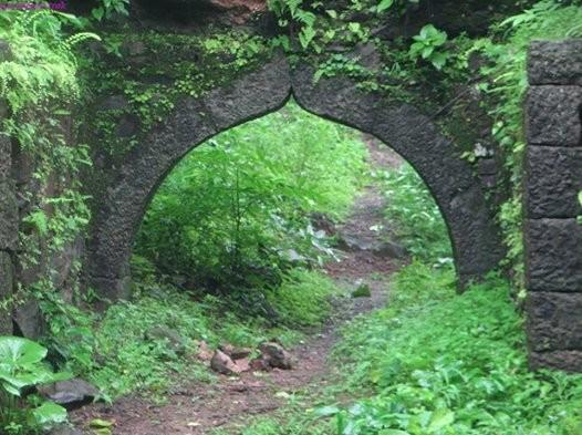 Trek to Avchitgad