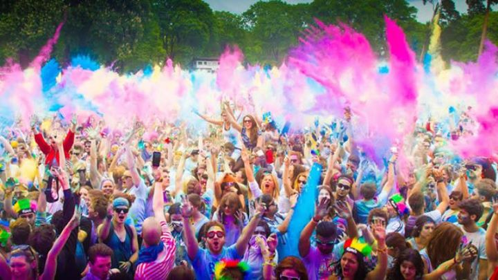 Best places to celebrate Holi in India, mumbai