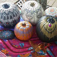 SOLD OUT - Community Workshop Henna Pumpkins