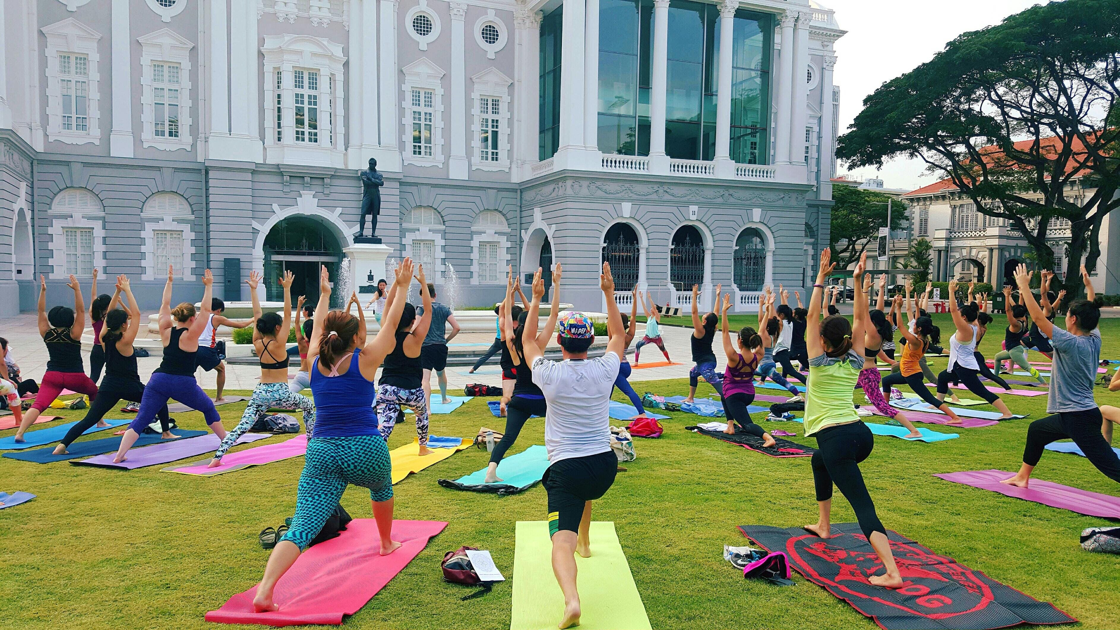 Complimentary Outdoor Yoga with YOGA SEEDS for CAR-FREE SUNDAY SG July 2018