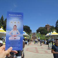 Falun Dafa at UCLA at Graduate Resource Fair