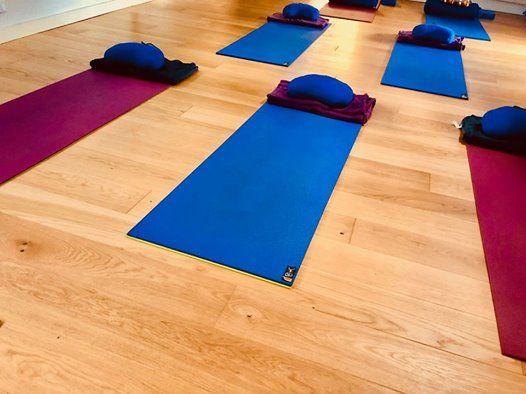 Yoga for Healthy Lower Backs (block 1)