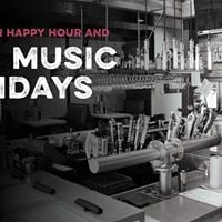 Live Music Mondays at Fieldings Wood Grill