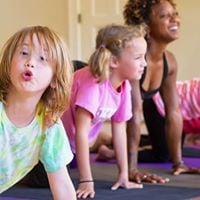 Kids craftsyoga workshop.
