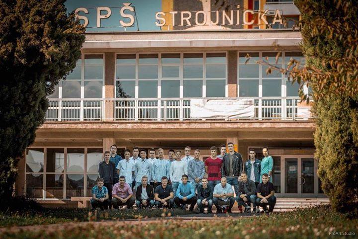 Stužková slávnosť IV.C SPŠ Strojnícka at DK ROH Prešov e1fa8fe63d3