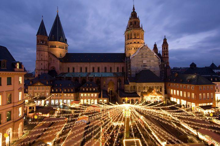 Antiquitäten Mainz mario steffen in mainz weihnachtsmarkt at mainz germany mainz