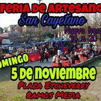 Feria De Artesanos Plaza Etcheverry