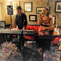 2Tanium at the Four Horseshoes Camberley