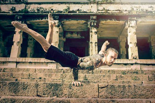 Daniel Rama weekendvinyasa handstand & backbendings